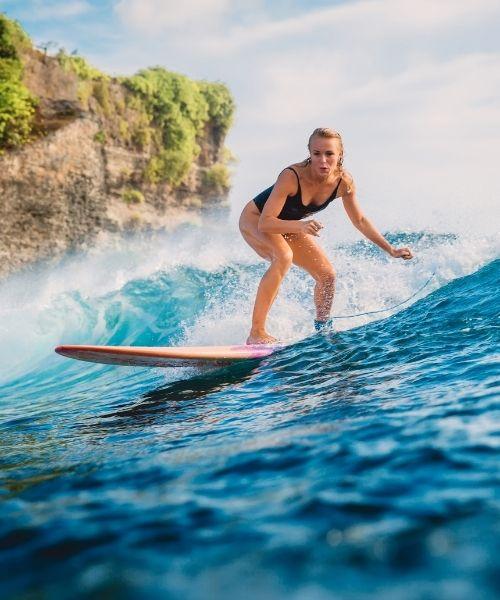 surfing, γυναίκα σέρφερ, αθλητικός τουρισμός