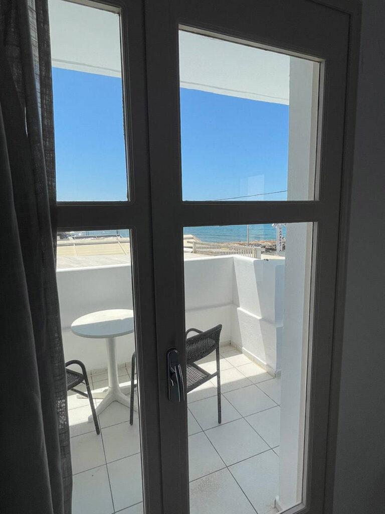 Δωμάτιο θέα θάλασσα, Κρήτη
